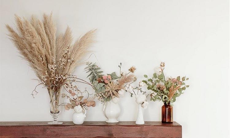 Dried Flower Arrangement Ideas for Home Décor